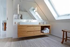 Badezimmer Gestalten Dachschräge : huus 19 modern badezimmer hamburg von open ruum ~ Markanthonyermac.com Haus und Dekorationen