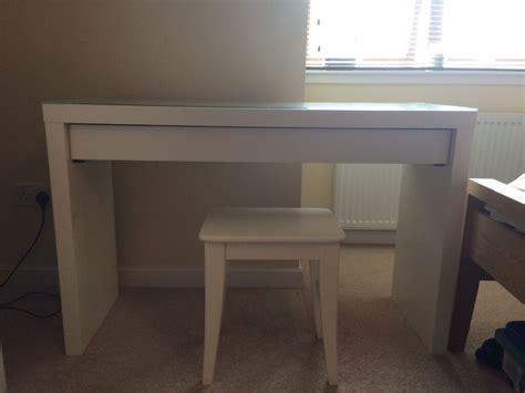Schminktisch Stuhl Ikea by As New White Ikea Dressing Table Stool In Kintore