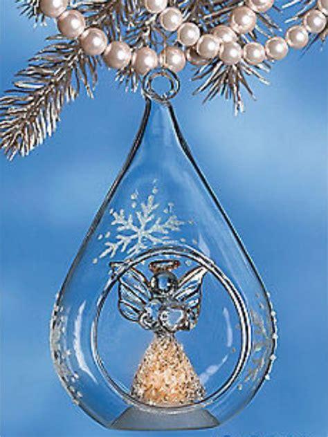 christmas memorial tree honors  deceased loved