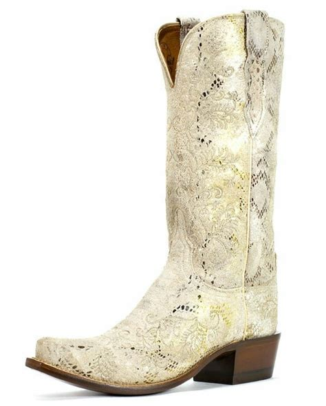 Stone Boat Outfitters by 17 Best Images About Boots On Pinterest Embroidery