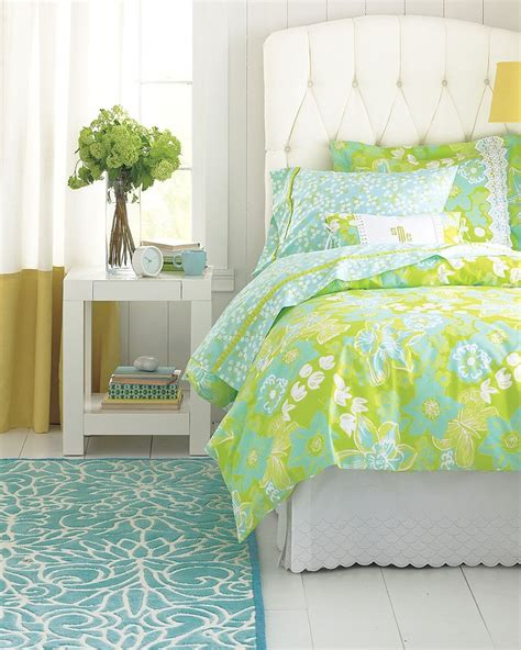 Lilly Pulitzer Bed Spread by Pin By Mcgarry On Redecorating The Guest Room