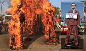 Sebastian Coe effigy burned by Bhopal protesters furious ...