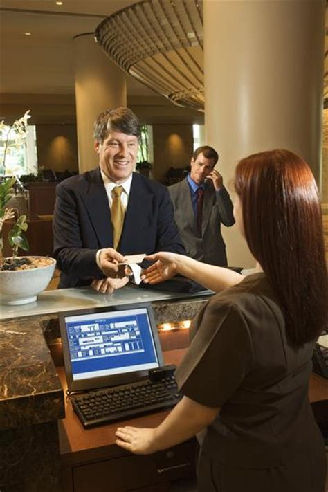 front desk manager salary inn who is a front office manager international hotel school