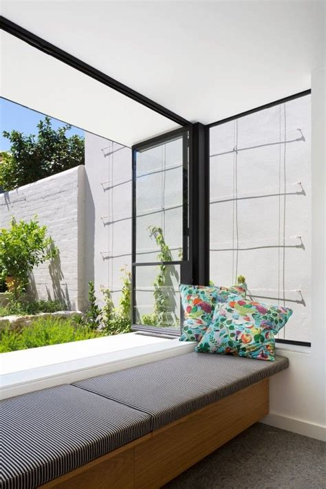 Delicious Interiors With Materials And Gorgeous Outdoor Spaces by Best 25 Modern Window Seat Ideas On