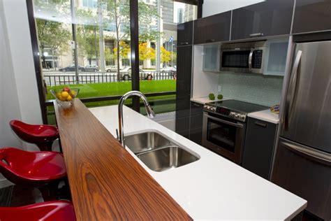 salon salle a manger cuisine ouverte vue plongeante sur le square danielle bonneau