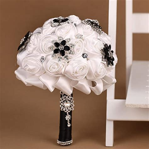 Black And White Luxury Bridal Bouquet Silk Flowers For