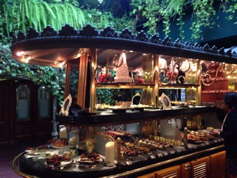 le buffet des desserts picture of les grands buffets