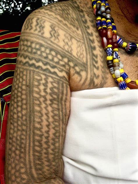 kalinga culture tribal traditions  tattoos   philippines haute culture textile tours