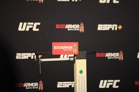 UFC 255: Deiveson Figueiredo vs. Alex Perez live weigh-in ...