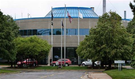 Chrysler Jefferson Plant by Chrysler S Jefferson Plant Opens As Names Details
