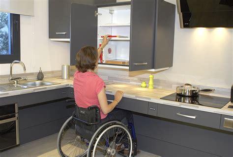 cuisine pour handicapé l 39 aménagement de la cuisine avidom handicap