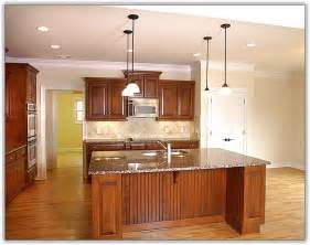 kitchen cabinet crown molding ideas kitchen cabinet crown molding uneven ceiling home design ideas