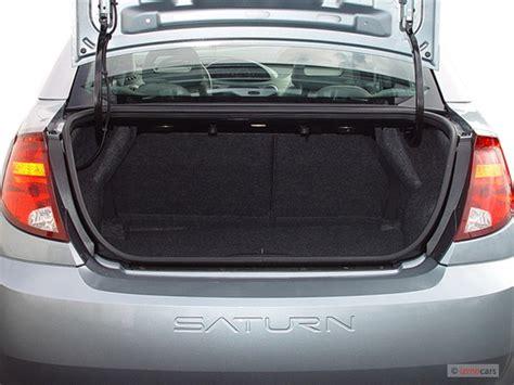image  saturn ion ion   door sedan manual trunk