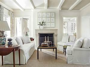 Light Suzanne Kasler Living Room - Southern Living