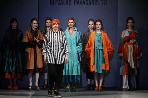 Topošās dizaineres prezentē savas kolekcijas RTU modes ...