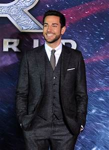 Zachary Levi Pictures - 'Thor: The Dark World' Premieres ...