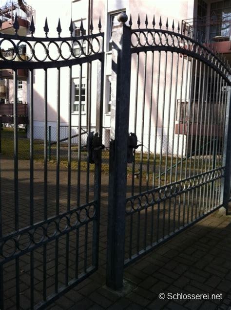 schloss für gartentor schloss am gartentor sichern sie ihr grundst 252 ck