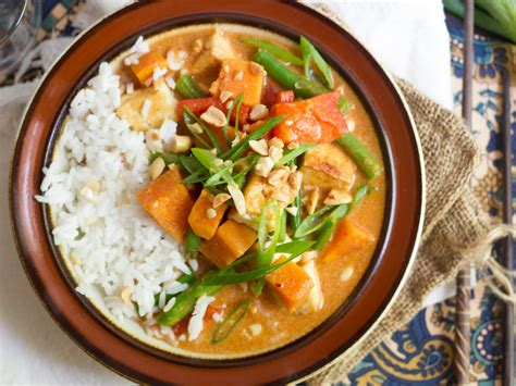 thai curry thai massaman curry connoisseurus veg