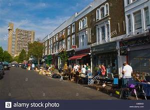 Notting Hill Stadtteil : golborne road street on saturday market day with flea market stalls stock photo royalty free ~ Buech-reservation.com Haus und Dekorationen