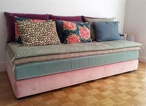 Canape Une Place Lit : relooker son canap 8 id es pour lui donner un nouveau ~ Premium-room.com Idées de Décoration