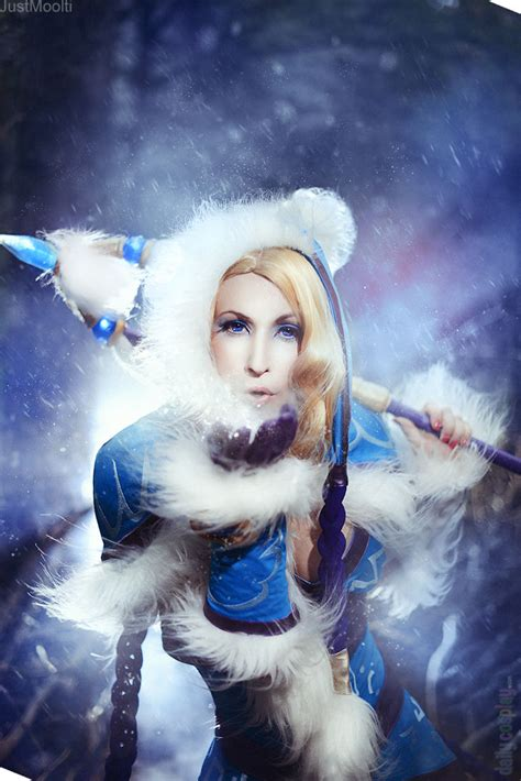 crystal maiden  dota  daily cosplay