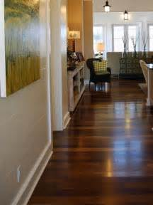 i the color variation in this hardwood floor this would look great to a beige