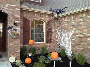 outdoor decorations we need