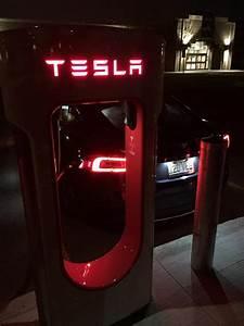 Borne De Recharge Tesla : supercharger tesla roulez electrique ~ Melissatoandfro.com Idées de Décoration