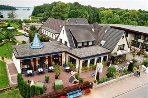 Haus Schwanensee, Bosau  Compare Deals