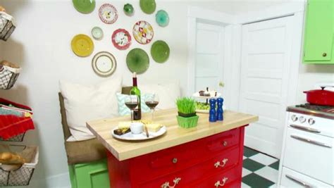 design on a dime kitchen smart chic kitchens hgtv 8649