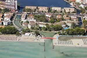 mallorca alcudia mit hafen bzw yachthafen und marina With katzennetz balkon mit eden garden alcudia