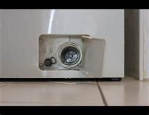 Waschmaschine Sieb Reinigen : video waschmaschine pumpe reinigen so geht 39 s ~ Frokenaadalensverden.com Haus und Dekorationen