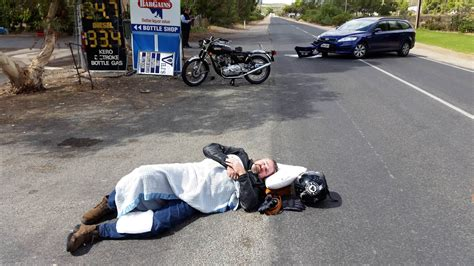 I Now Have A Broken Heart, Leg And 850 Norton. Idiot Pulls