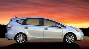 Toyota Prius Versions : toyota prius v h brido versi n familiar ~ Medecine-chirurgie-esthetiques.com Avis de Voitures