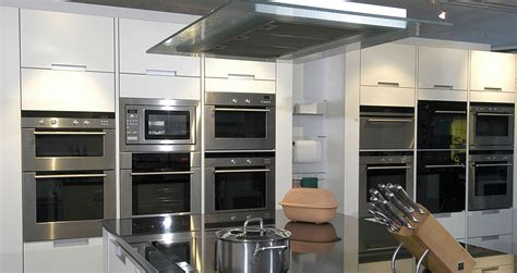 cuisine pose gratuite cuisine pose simple clairage de meubles pour la cuisine