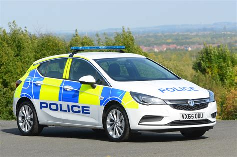 Vauxhall Signs Large Uk Police Car Deal