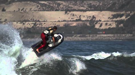 Stand-up Jet Ski Waveriding