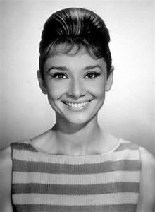 Glitz Bliss: Ti... Audrey