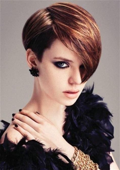 peinados  fiesta en cabello corto