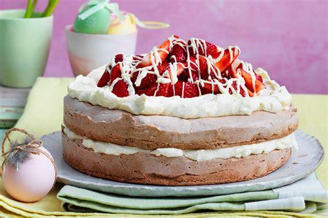 Chocolate Pavlova Torte Recipe   New Idea Magazine