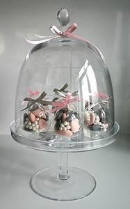 Cloche De Verre : le plateau en verre sur pied xxl avec cloche noel ~ Teatrodelosmanantiales.com Idées de Décoration