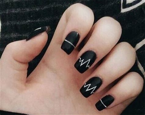 awesome winter black nails art designs ideas