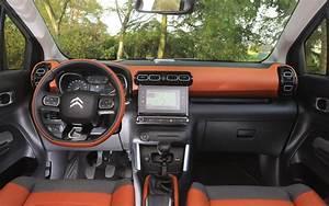 Intérieur C3 Aircross : essai citro n c3 aircross bluehdi 100 accord perfectible l 39 automobile magazine ~ Medecine-chirurgie-esthetiques.com Avis de Voitures
