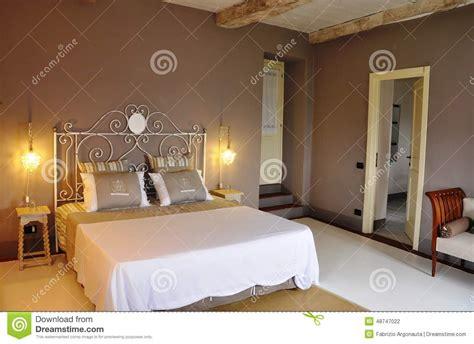chambre à coucher romantique chambre à coucher de style cagnard photo stock image