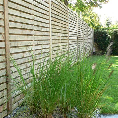 cloture jardin bois mur de cl 244 ture portail portillon les jardins de la vall 233 e