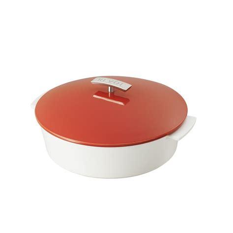 shallow dutch oven revolution lid round pepper cocotte oe11 8qt