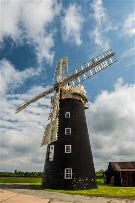 pakenham windmill history