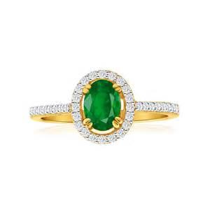emerald gemstone engagement rings emerald ring 18ct yellow gold g20251048 grahams