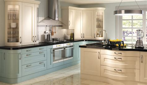 painted shaker kitchen cabinets find the best shaker