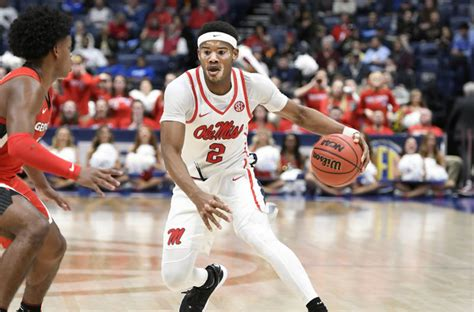 NCAA Basketball: SEC controls 22' 5-star Brandon Huntley ...